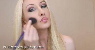 makeup application fetish